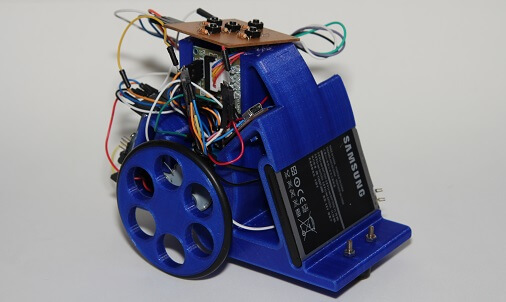 Versão final do chassi impresso 3D em PLA